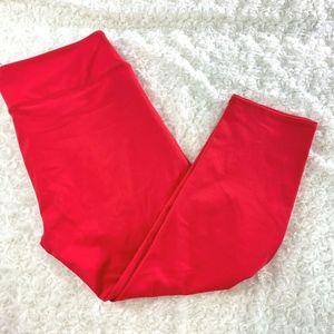 Fabletics Womens Sz L Red Capri Pants Workout  Fit